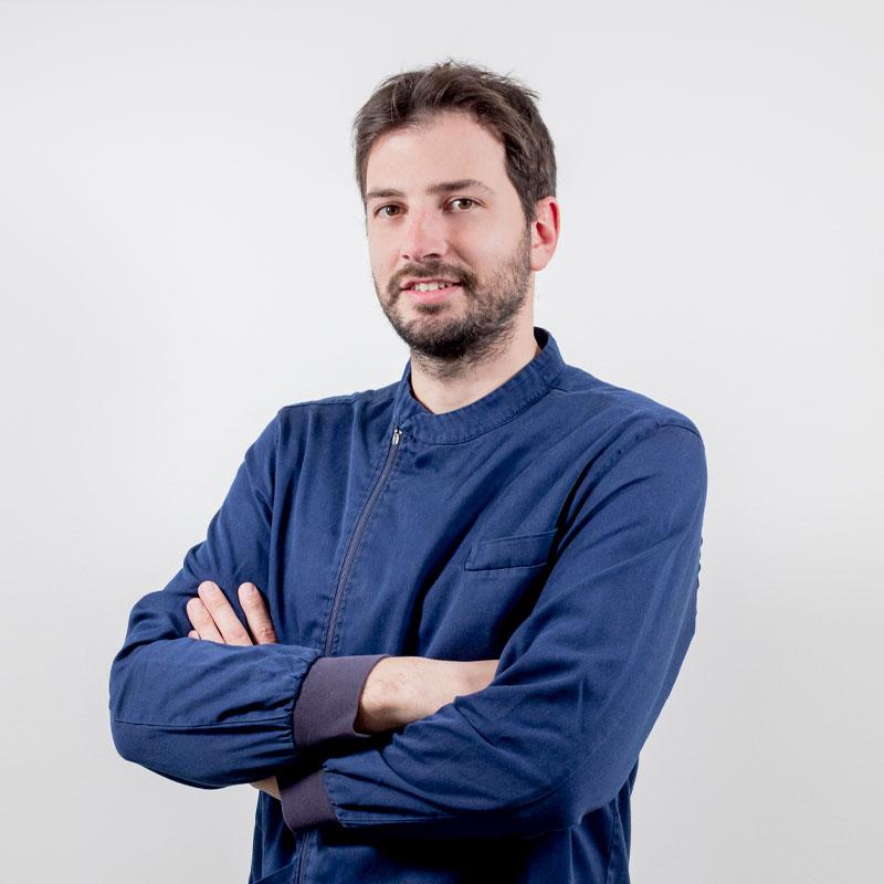Dr. GIULIO RIGHETTI